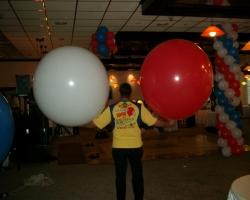Гърмящ балон изненада