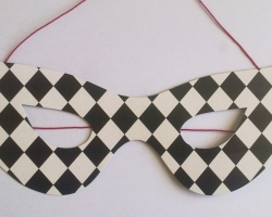 Party domino harlequin black and white